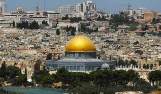 الرد الوحيد على ترامب هو تحريك الجيوش وتحرير القدس واجتثاث كيان يهود