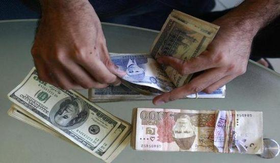 ميزانية صغيرة تتحدى الاقتصاد الباكستاني قبل الذبح بسكاكين صندوق النقد الدولي
