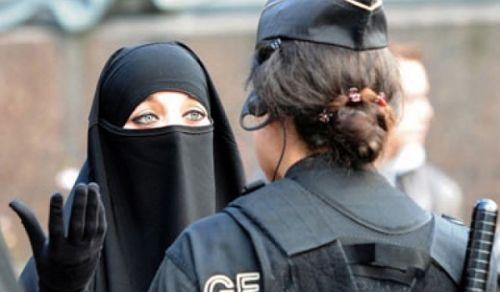 """اقتراح النرويج حظر """"تغطية الوجه"""" في مؤسسات التعليم هو لإجبار المسلمات على التخلي عن إسلامهن"""
