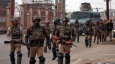 الطريقة المناسبة للاحتفال بيوم التضامن في كشمير تكون برفع أسود القوات المسلحة الباكستانية راية الخلافة في سريناغار