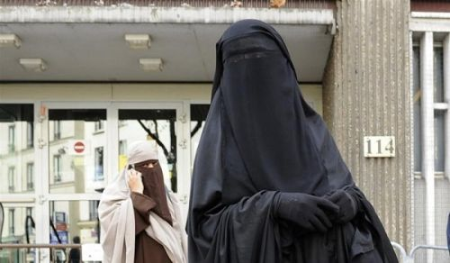 "To Defend the Right of Muslim Women to wear the ""Niqab"" is a Duty"