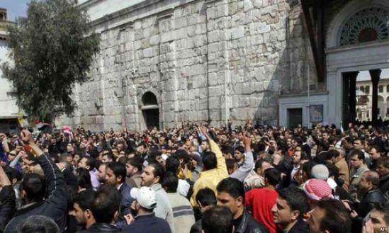بازگشت تظاهرات به مناطق آزاد شده، تداوم انقلاب و تأیید بر استواری آن است!